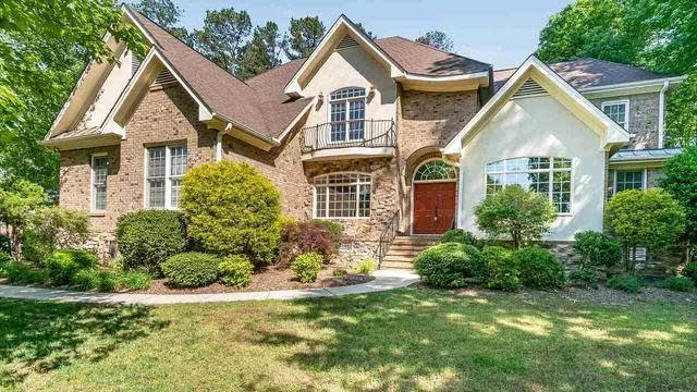 Photo 1 of 30 - 6001 Greenevers Dr, Raleigh, NC 27613