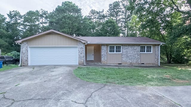 Photo 1 of 22 - 1792 S Gordon Rd, Austell, GA 30168
