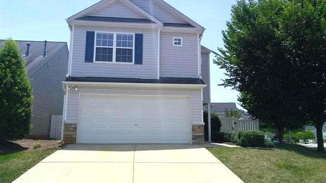 Photo 1 of 15 - 5337 Roan Mountain Pl, Raleigh, NC 27613