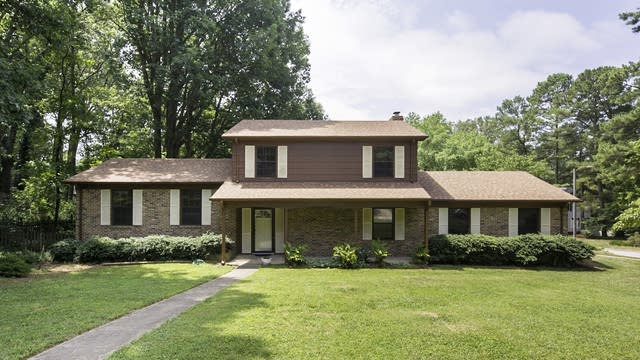 Photo 1 of 20 - 200 Woods Ream Dr, Raleigh, NC 27615