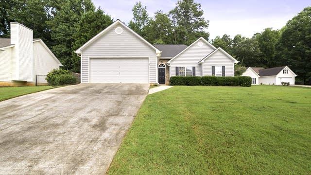 Photo 1 of 16 - 6390 Philips Creek Dr, Cumming, GA 30041