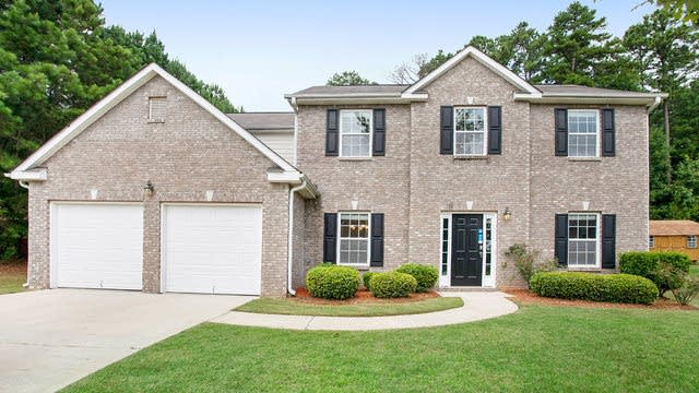 Photo 1 of 15 - 550 Tuscan Cv, Fairburn, GA 30213