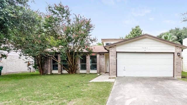 Photo 1 of 25 - 2602 Moss Bluff St, San Antonio, TX 78232