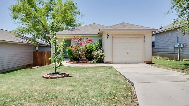 Photo 1 of 11 - 5806 Hickory Cyn, San Antonio, TX 78252