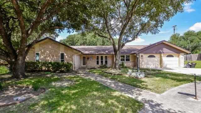 Photo 1 of 25 - 8707 Golden Vw, Windcrest, TX 78239