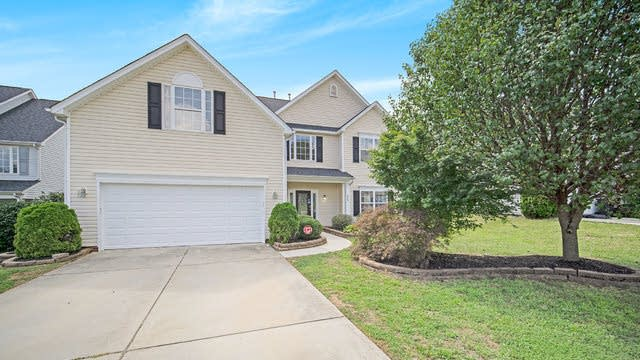 Photo 1 of 16 - 446 Clearwater Dr NW, Concord, NC 28027