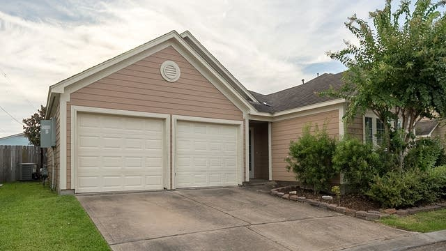 Photo 1 of 19 - 11723 Logan Ridge Dr, Houston, TX 77072