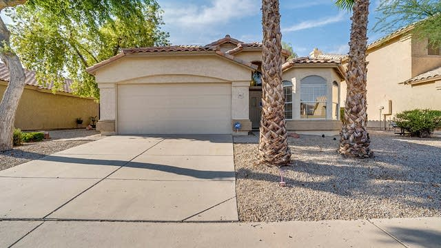 Photo 1 of 19 - 1952 W Springfield Way, Chandler, AZ 85286