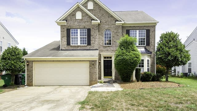 Photo 1 of 30 - 12821 Winget Rd, Charlotte, NC 28278