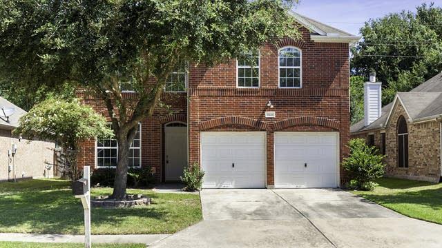 Photo 1 of 22 - 11634 Berkway Trl, Houston, TX 77065