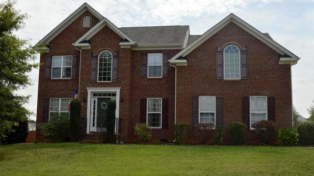 Photo 1 of 21 - 15 Leaf Spring Way, Youngsville, NC 27596