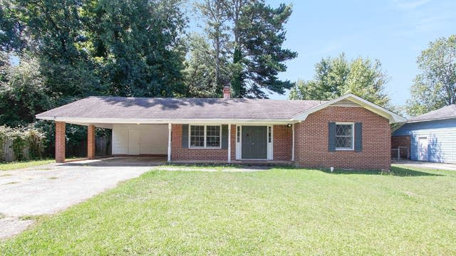 Photo 1 of 17 - 1529 Cardinal Rd, Jonesboro, GA 30238