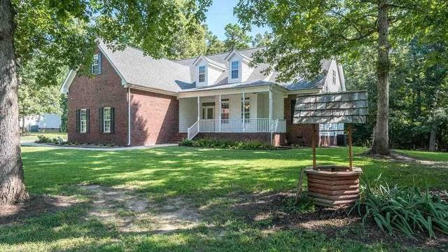 Photo 1 of 29 - 30 Williamston Ridge Dr, Youngsville, NC 27596