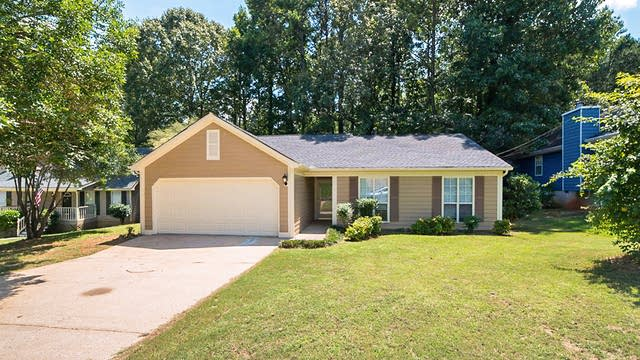 Photo 1 of 13 - 1320 Charter Oaks Ln, Lawrenceville, GA 30046