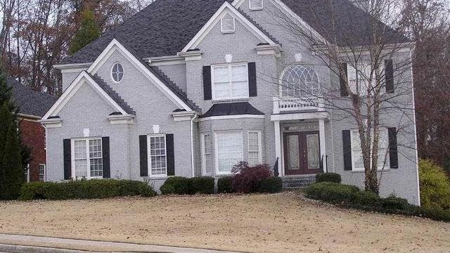 Photo 1 of 20 - 2760 Northwicke Dr, Buford, GA 30519