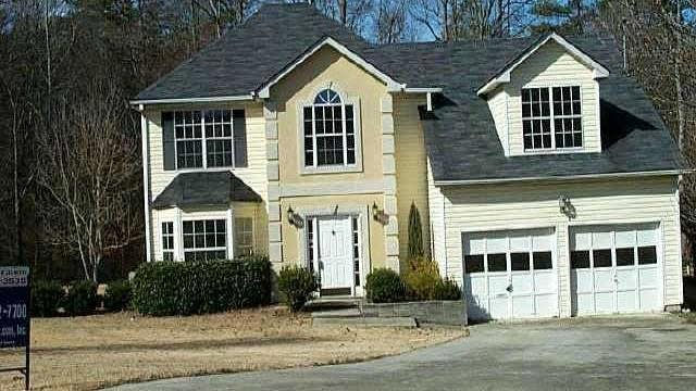 Photo 1 of 2 - 1740 Ivy Stone Ct, Buford, GA 30519