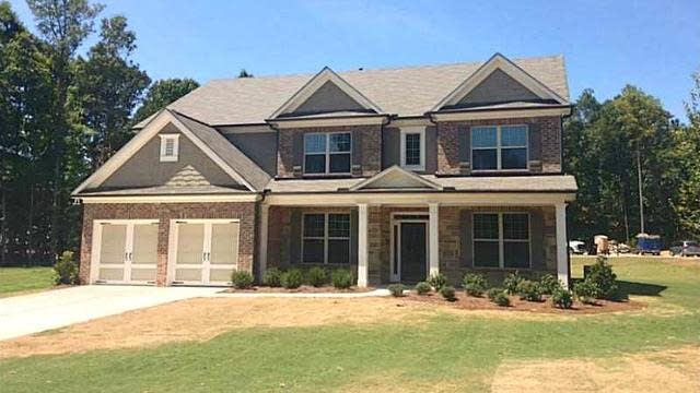 Photo 1 of 15 - 3950 Ivy Lawn Ct, Buford, GA 30519