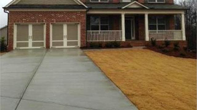 Photo 1 of 25 - 3952 Ivy Gate Dr, Buford, GA 30519