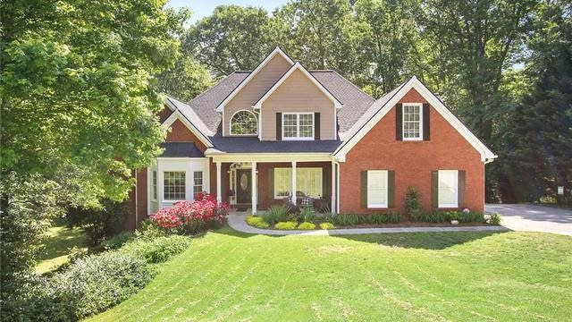 Photo 1 of 38 - 2760 Chinquapin Ct, Buford, GA 30519