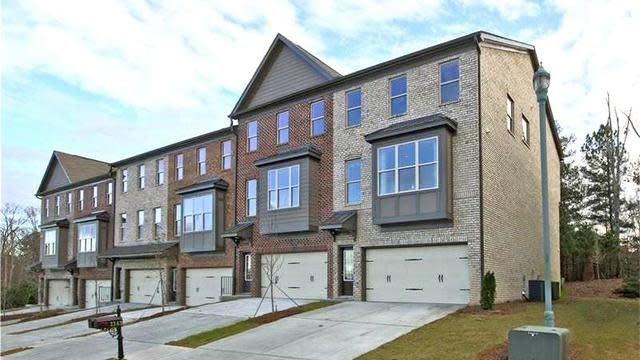 Photo 1 of 20 - 1175 Laurel Valley Ct, Buford, GA 30519