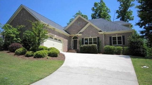 Photo 1 of 24 - 2049 Democracy Dr, Buford, GA 30519