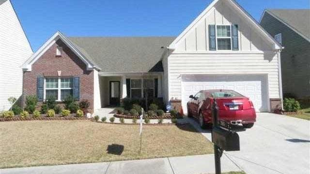Photo 1 of 25 - 2651 Sedgeview Ln, Buford, GA 30519