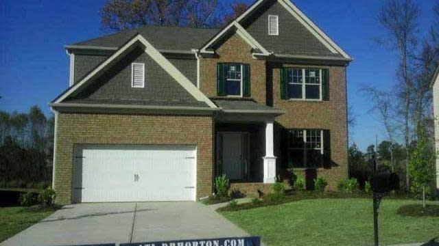 Photo 1 of 13 - 3397 Edenridge Ct, Buford, GA 30519