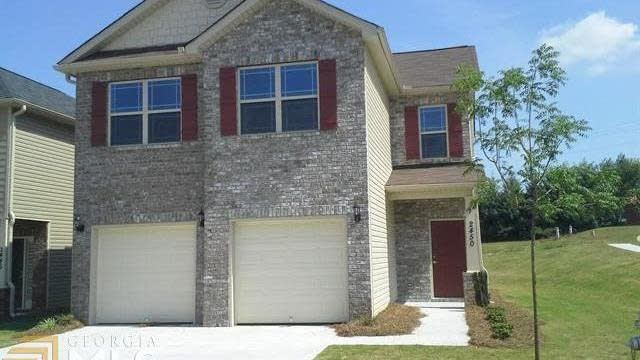 Photo 1 of 21 - 8558 Spivey Village Ct, Jonesboro, GA 30236