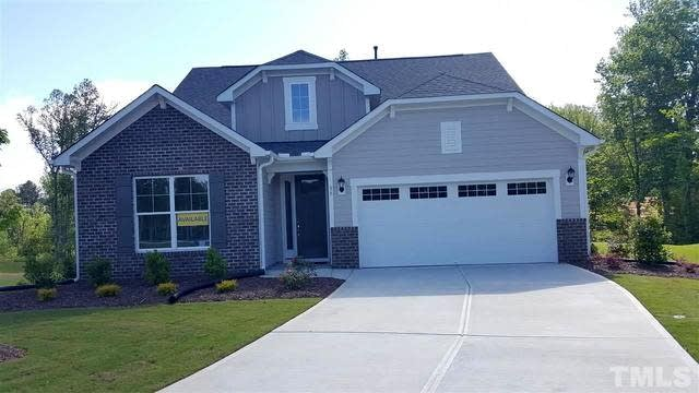Photo 1 of 28 - 35 Stormy Bluff Ct #169, Youngsville, NC 27596