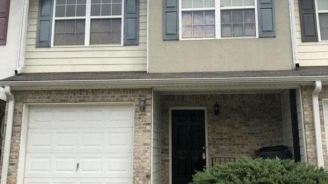 Photo 1 of 33 - 728 Georgetown Ct, Jonesboro, GA 30236