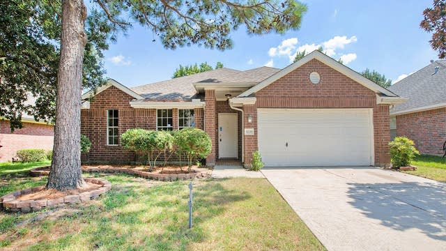 Photo 1 of 17 - 12239 Cypress Shores Dr, Tomball, TX 77375