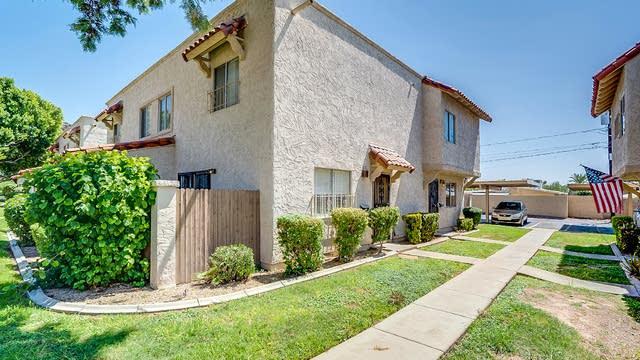 Photo 1 of 14 - 1211 E Lawrence Ln, Phoenix, AZ 85020