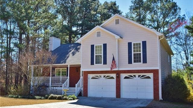 Photo 1 of 40 - 4079 Manor Hill Pl, Buford, GA 30519