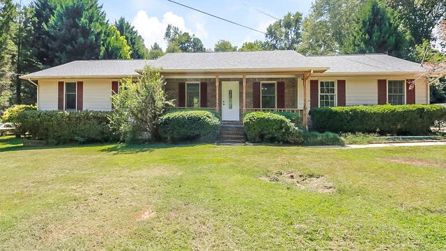 Photo 1 of 22 - 377 Hilo Rd, Fayetteville, GA 30215