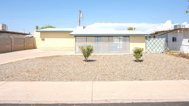 Photo 1 of 14 - 7534 W Weldon Ave, Phoenix, AZ 85033