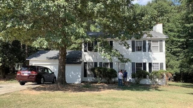 Photo 1 of 17 - 1622 Holborn Ct, Jonesboro, GA 30236