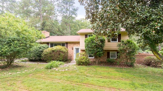 Photo 1 of 22 - 1534 Smith Level Rd, Chapel Hill, NC 27516