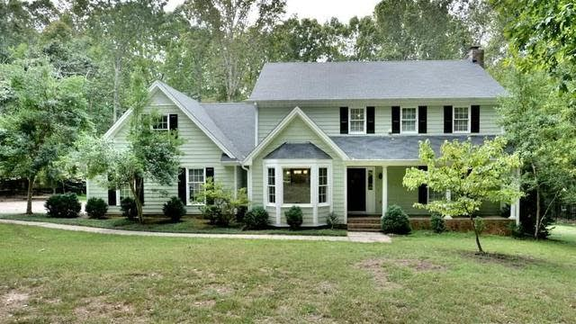 Photo 1 of 30 - 11021 Farmwood Dr, Raleigh, NC 27613