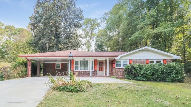 Photo 1 of 29 - 3294 N Creekview Dr, Lawrenceville, GA 30044