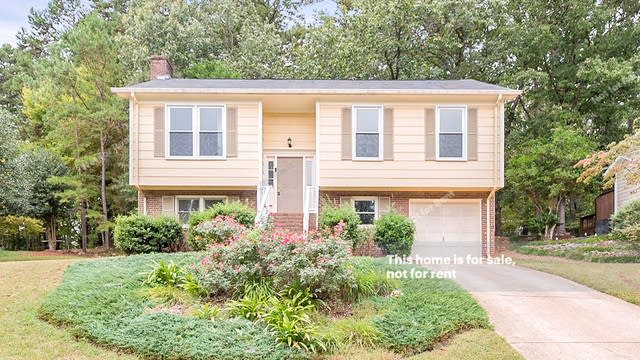 Photo 1 of 17 - 7809 Foxwood Dr, Raleigh, NC 27615