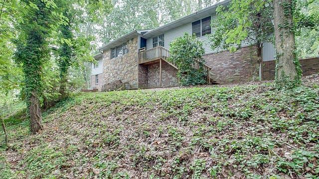 Photo 1 of 32 - 1532 Hillhaven Dr, Marietta, GA 30062