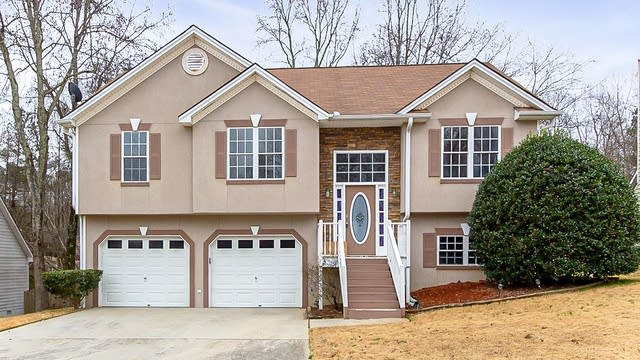 Photo 1 of 27 - 1789 Silver Creek Dr, Lithia Springs, GA 30122