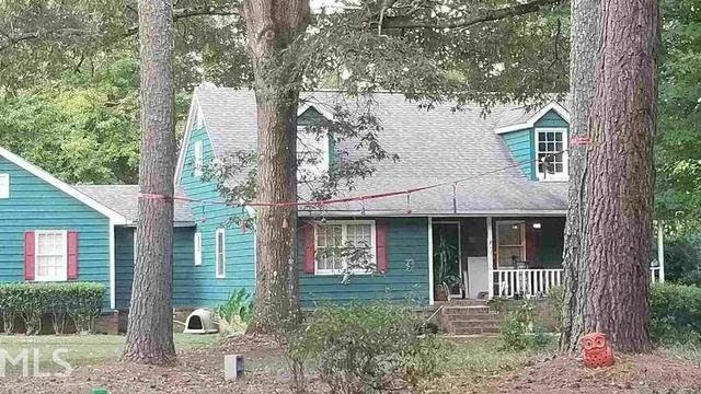 Photo 1 of 10 - 7292 Cardif Pl, Jonesboro, GA 30236
