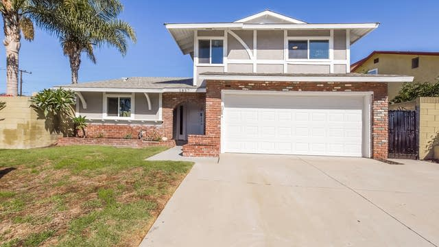 Photo 1 of 25 - 1857 E Cyrene Dr, Carson, CA 90746