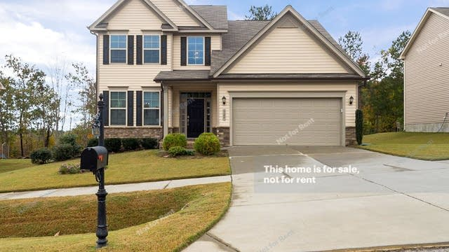 Photo 1 of 27 - 325 Clubhouse Dr, Youngsville, NC 27596