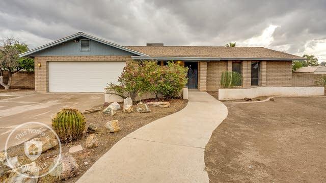 Photo 1 of 18 - 2557 E Inglewood St, Mesa, AZ 85213