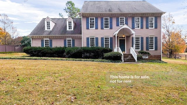 Photo 1 of 35 - 9412 S Mere Ct, Raleigh, NC 27615