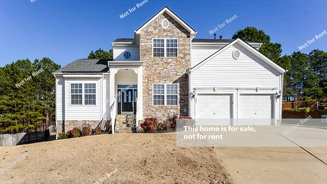 Photo 1 of 25 - 1007 Cantrell Ln, Apex, NC 27502