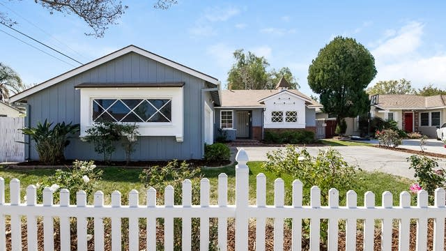 Photo 1 of 27 - 8031 Kelvin Ave, Los Angeles, CA 91306