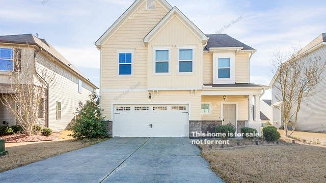 Photo 1 of 29 - 7633 Mapleshire Dr, Raleigh, NC 27604